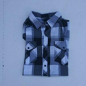 Burnside men's s/s button front shirt. Sz-M